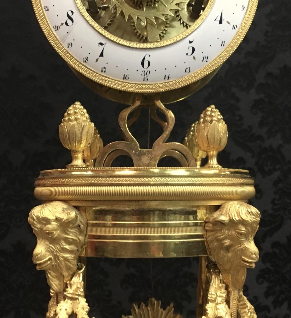 Pendule demi-squelette en bronze doré signée Gaston Jolly à Paris, époque XVIIIème-photo-4
