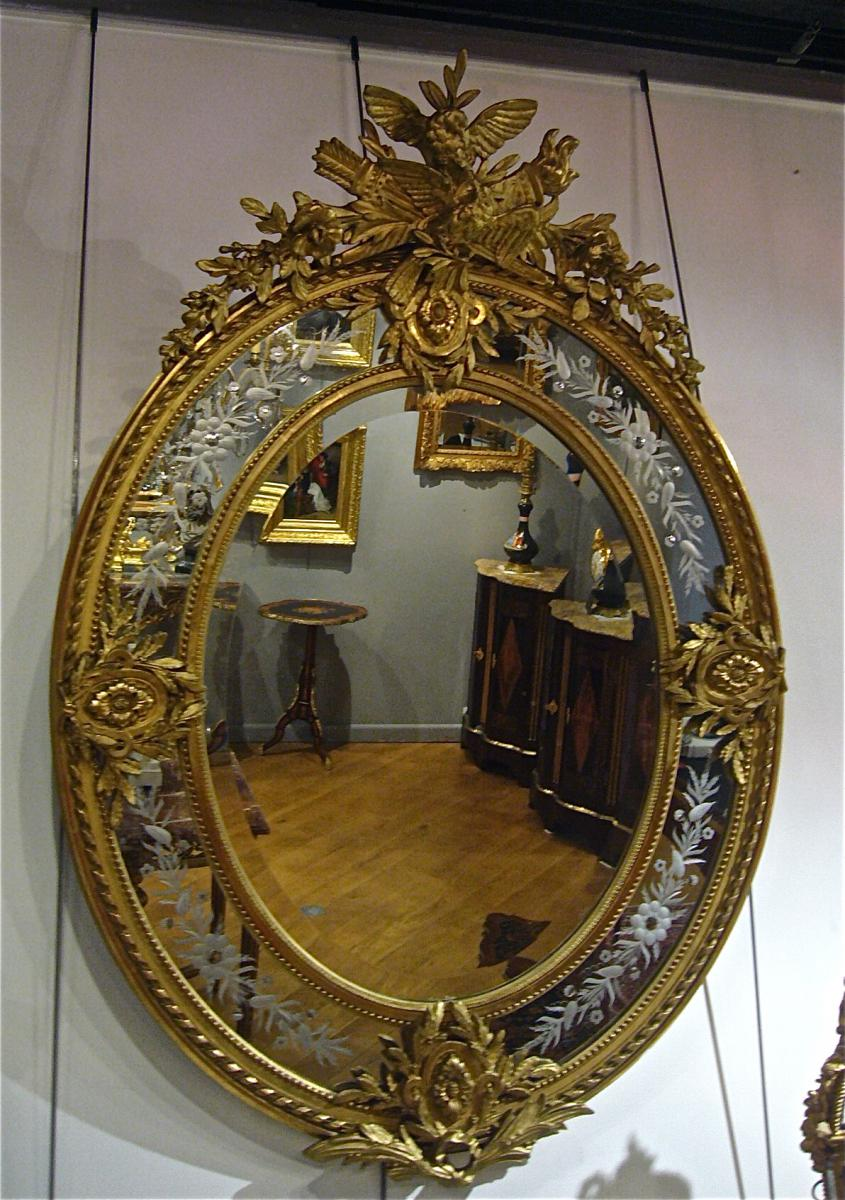 miroir ovale parcloses miroirs. Black Bedroom Furniture Sets. Home Design Ideas