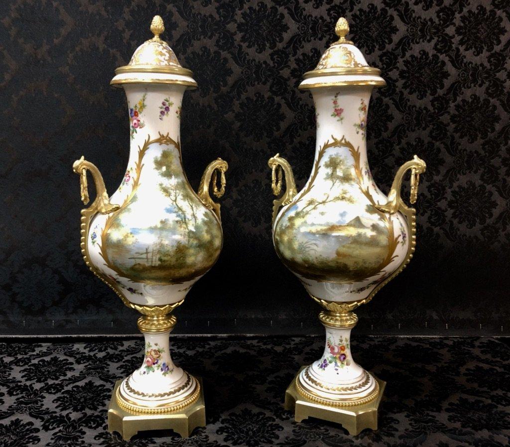 Importante Paire De Vases Forme Balustre En Porcelaine De Sèvres Datée 1840-photo-3