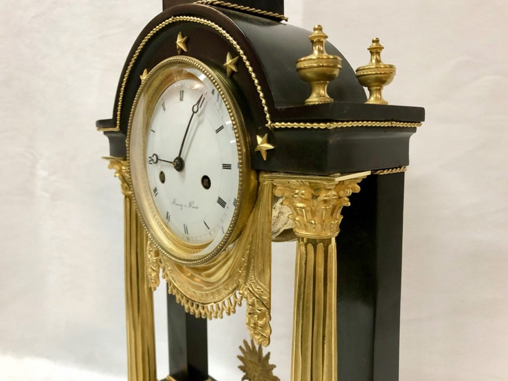 Pendulum In Black Marble And Gilded Bronze Late 18th Century-photo-3