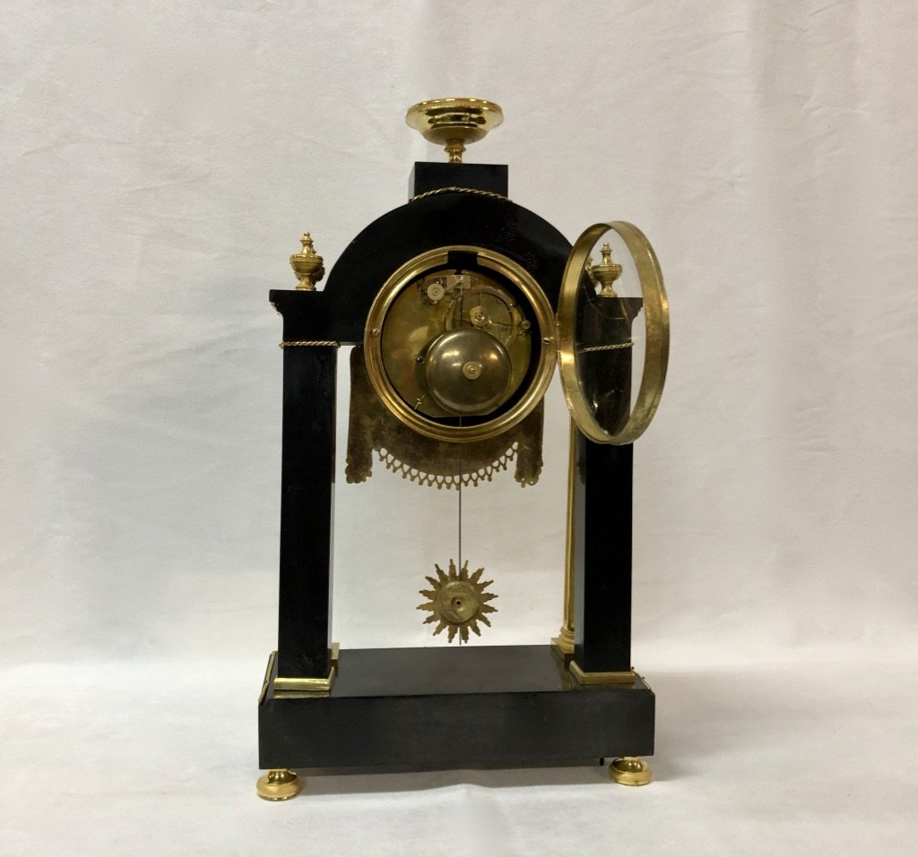 Pendulum In Black Marble And Gilded Bronze Late 18th Century-photo-4