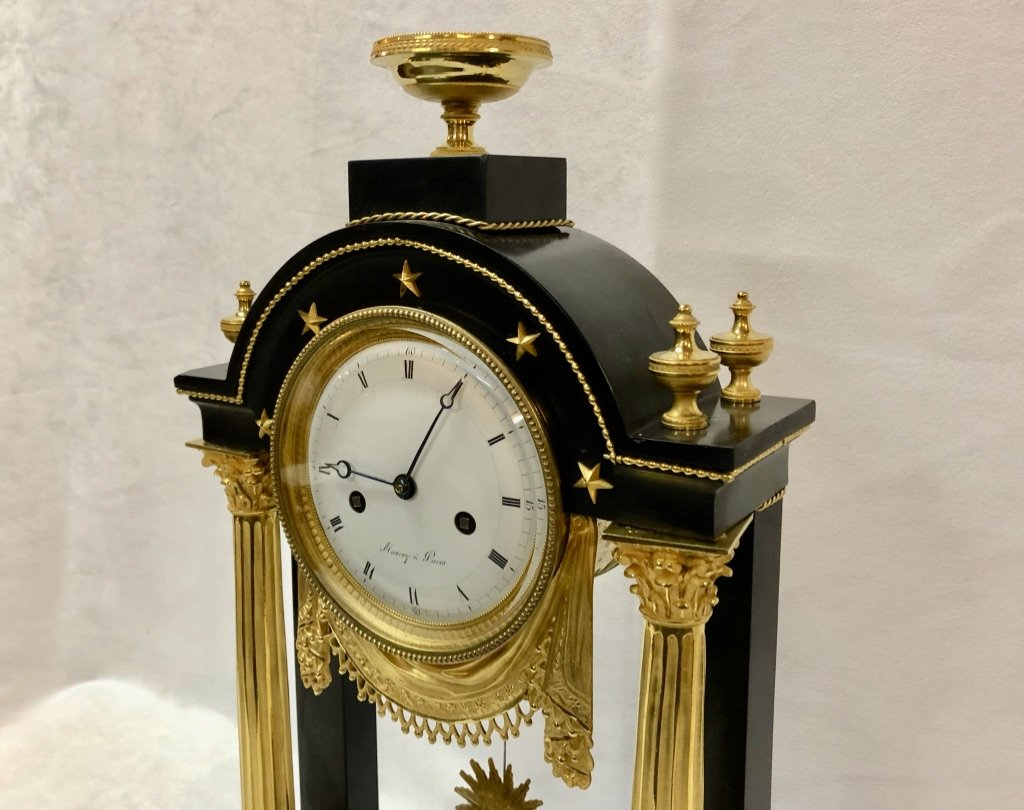 Pendulum In Black Marble And Gilded Bronze Late 18th Century-photo-7