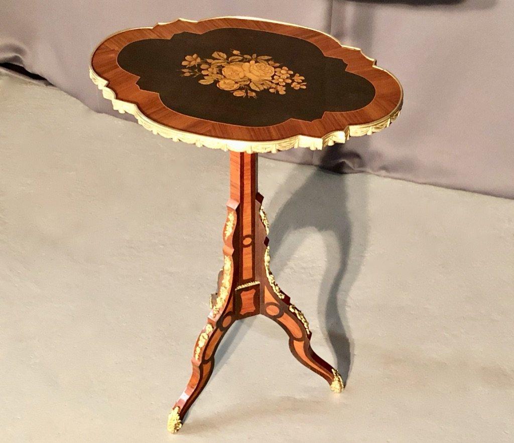 Petite Table Signé Berthet à Paris, XIXème Siècle