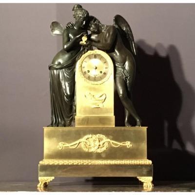 """Pendule Empire """"Amour Et Psyché"""" Bronze à Deux Patines"""