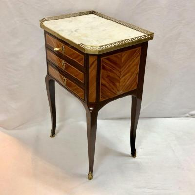 Petite Table Volante Estampillée J.b Vassou (1739 - 1807 )