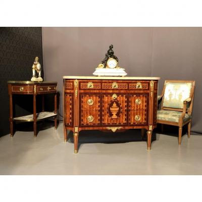 Louis XVI Commode In Marquetry And Medallion, Eighteenth Time