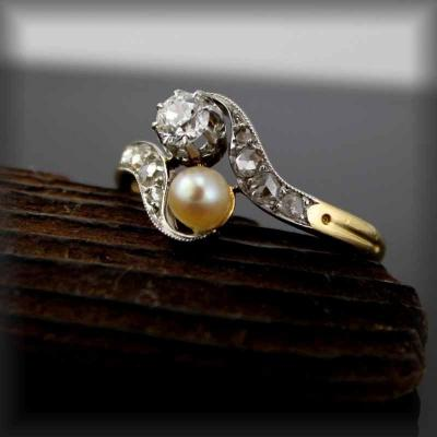 Gold Ring - Platinum-diamonds And Art Nouveau Cultured Pearl