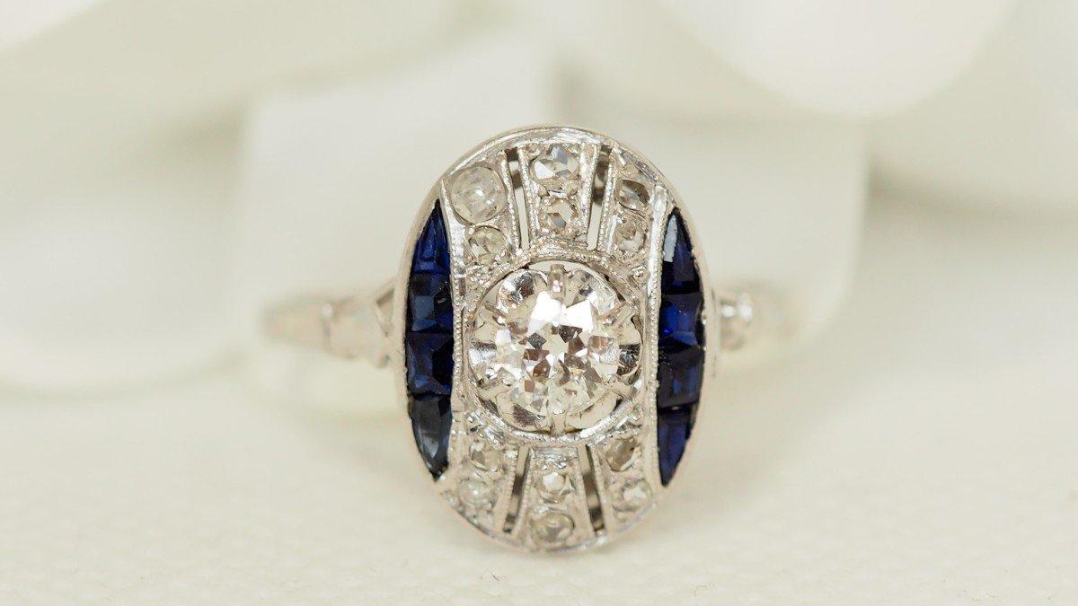 Bague Ancienne En Or Blanc, Diamants Et Saphirs