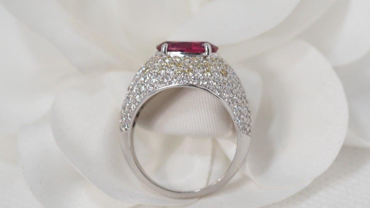 Bague Dôme En Or Blanc, Saphir Rose Et Diamants -photo-4