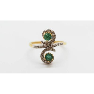 Antique Gold Emeralds And Diamonds Ring