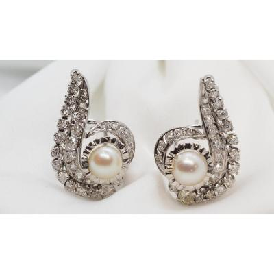 Luxury Earrings In White Gold, Pearls And Diamonds