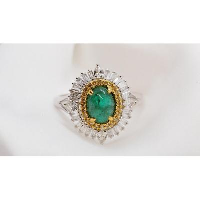 Pompadour Ring From The 60s In Two-tone Gold And Emerald Cabochon