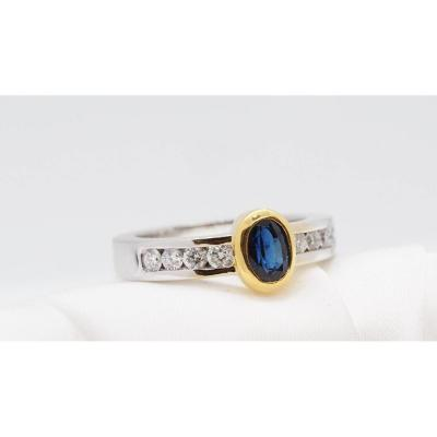 Contemporary Ring In Two-tone Gold, Oval Sapphire And Diamonds