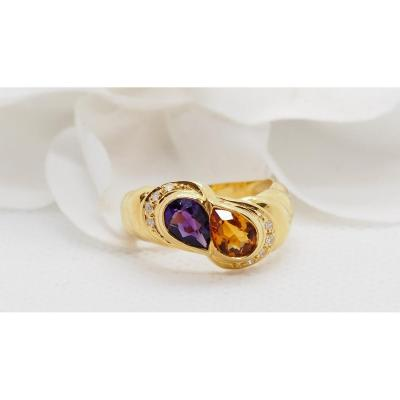 Yellow Gold Ring Set With An Amethyst And A Citrine