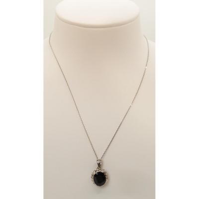 Collier En Or Gris, Saphir Ovale Et Diamants