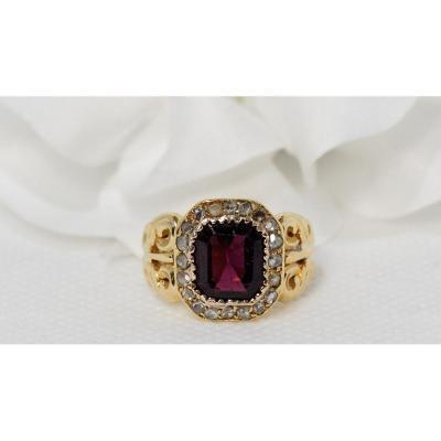 Bague En Or Jaune, Grenat  Et diamants taille rose