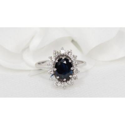 Marguerite Ring In White Gold, Oval Sapphire And Diamonds