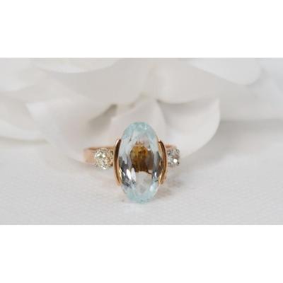 Bague En Or Rose Ornée d'Une Aigue Marine Ovale Et Diamants