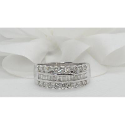 Bague Bandeau En Or Blanc Sertie De Diamants