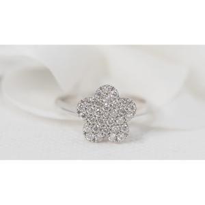 Bague Fleur En Or Blanc Et Diamants