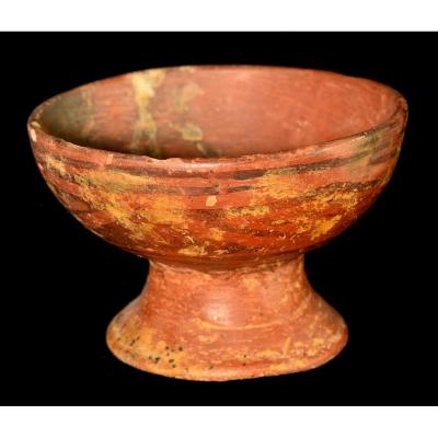 Cup On Terracotta Pedestal, Ecuador - Archeology