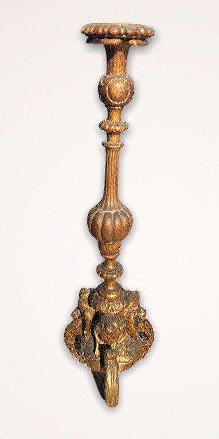 Pique Candle In Golden Wood With Gold Leaf XVIII Century-photo-1