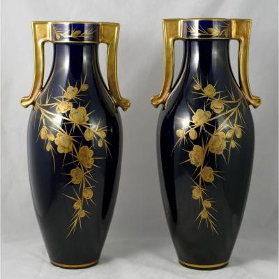 Tours, Jaget Et Pinon. Paire De Vases En Faïence, Vers 1930