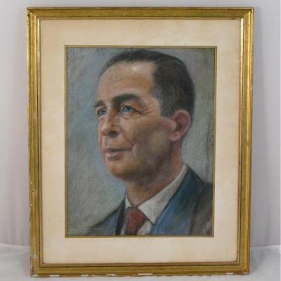 Portrait d'Homme, Pastel 1950 Par Henri Dousset.