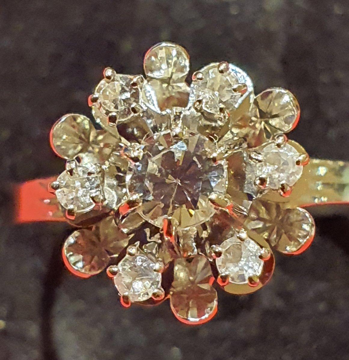 Bague En Or 18ct Sertie D Un Pavage De Diamants, Fleur