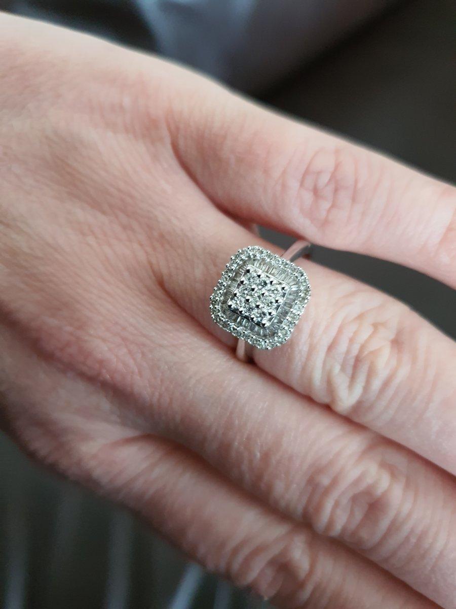 bague en or 18ct sertie d un pavage de diamants-photo-2