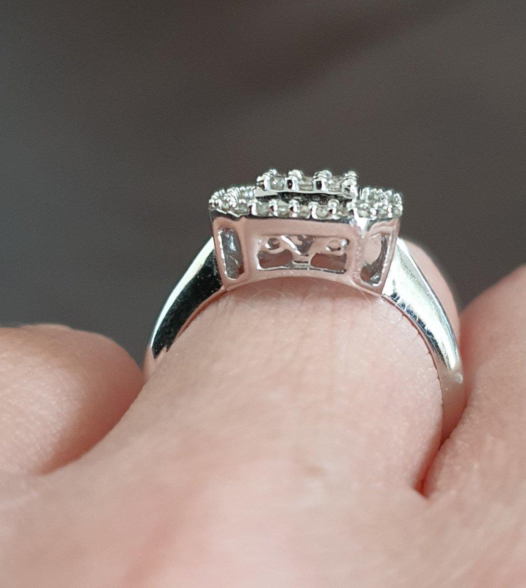 bague en or 18ct sertie d un pavage de diamants-photo-4