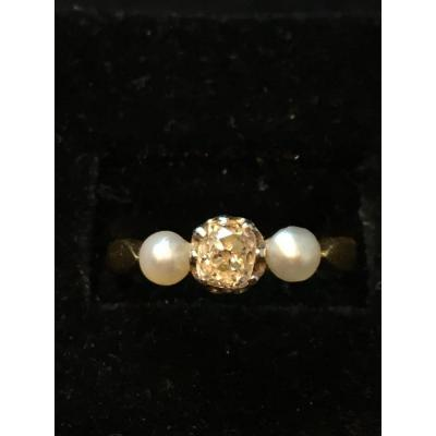 18ct Gold Ring Set With Beads And Diamond Old Size