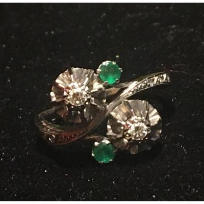 18ct Gold Ring Set With Emeralds And Diamonds