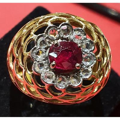Bague en or 18ct sertie diamants taille ancienne centre rubis 0,80ct