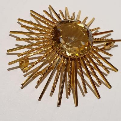 18ct Gold Brooch Set With Facet Cut Citrine