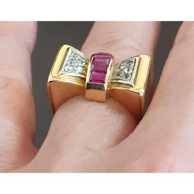 bague en or 18ct sertie de diamants taille ancienne et pierres baguettes Verneuil