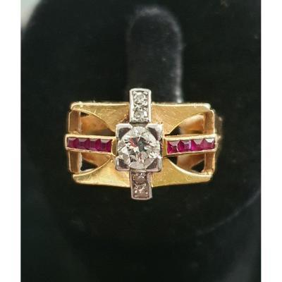 bague en or 18ct sertie de diamants taille ancienne et rubis baguettes