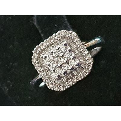 bague en or 18ct sertie d un pavage de diamants