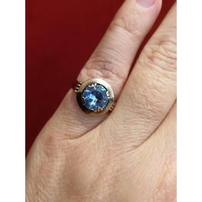 18ct Gold Ring Set With A Blue Topaz