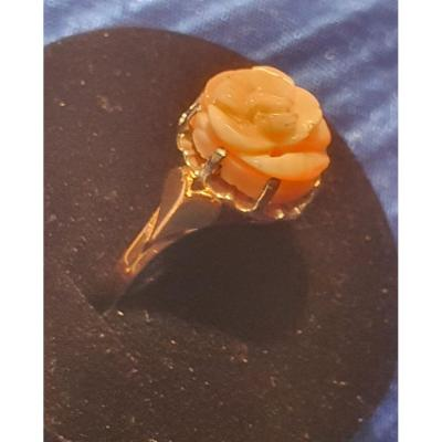 18ct Gold Ring Set With A Coral Rose