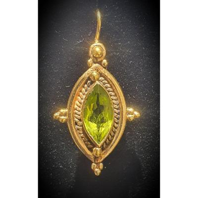 Boucles d'Oreille En Or 14ct Serties De Peridots