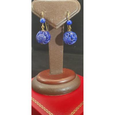 18k Gold Earrings Mounted With Sculpted Lapis Lazuli