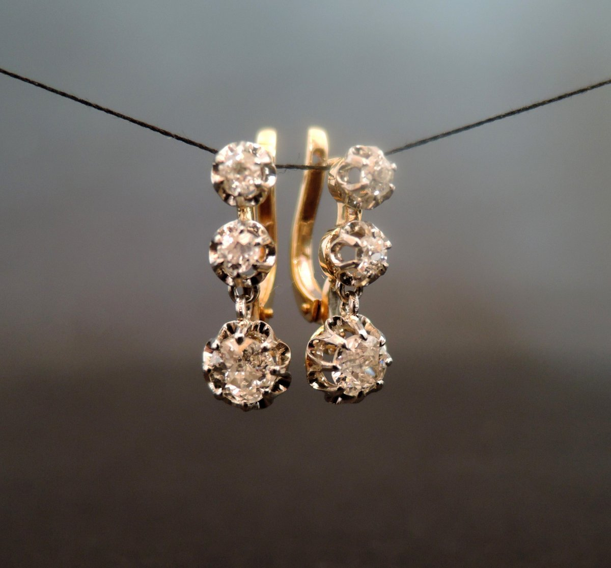 1.08 Ct Diamonds, 18k Gold And Platinum Old Earrings