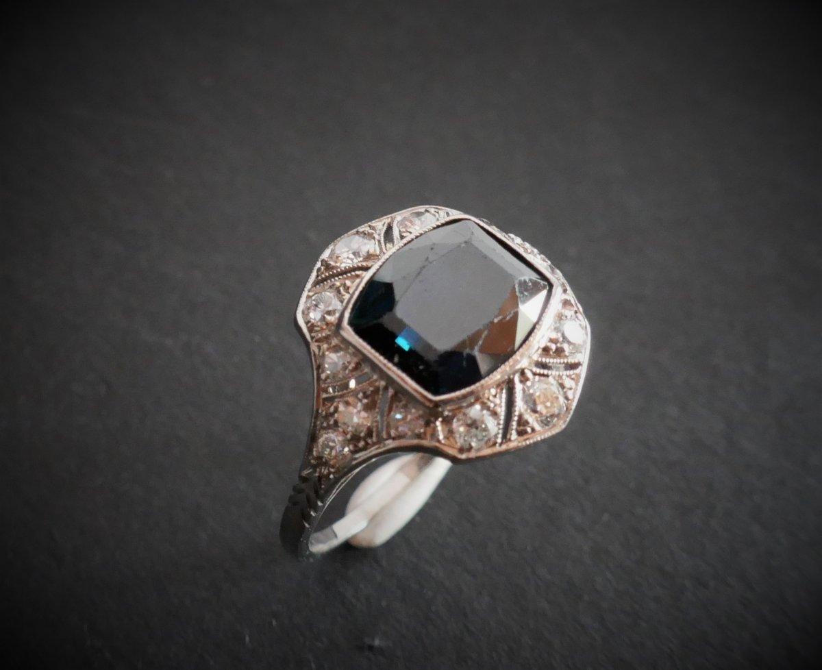 Bague Saphir et Diamants, Monture Platine.