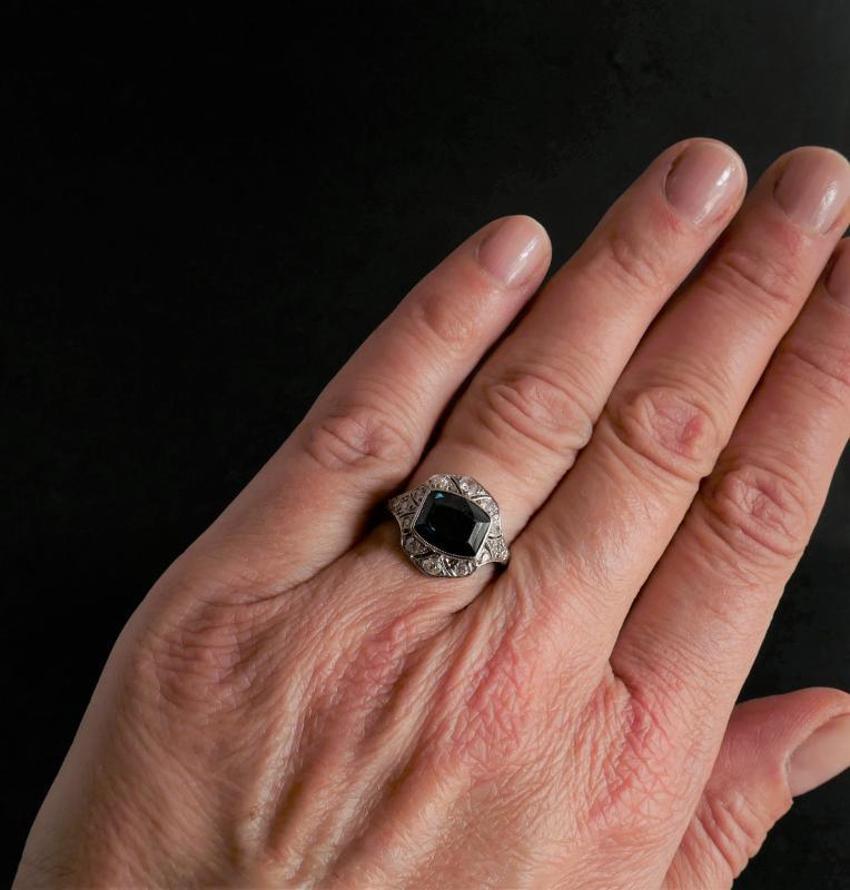 Bague Saphir et Diamants, Monture Platine.-photo-3