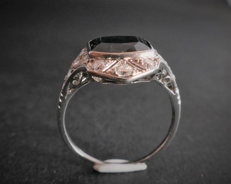 Bague Saphir et Diamants, Monture Platine.-photo-4