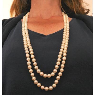 Sautoir 2 Rangs De Perles De Culture, Fermoir Saphirs, Or Blanc 18 Carats.
