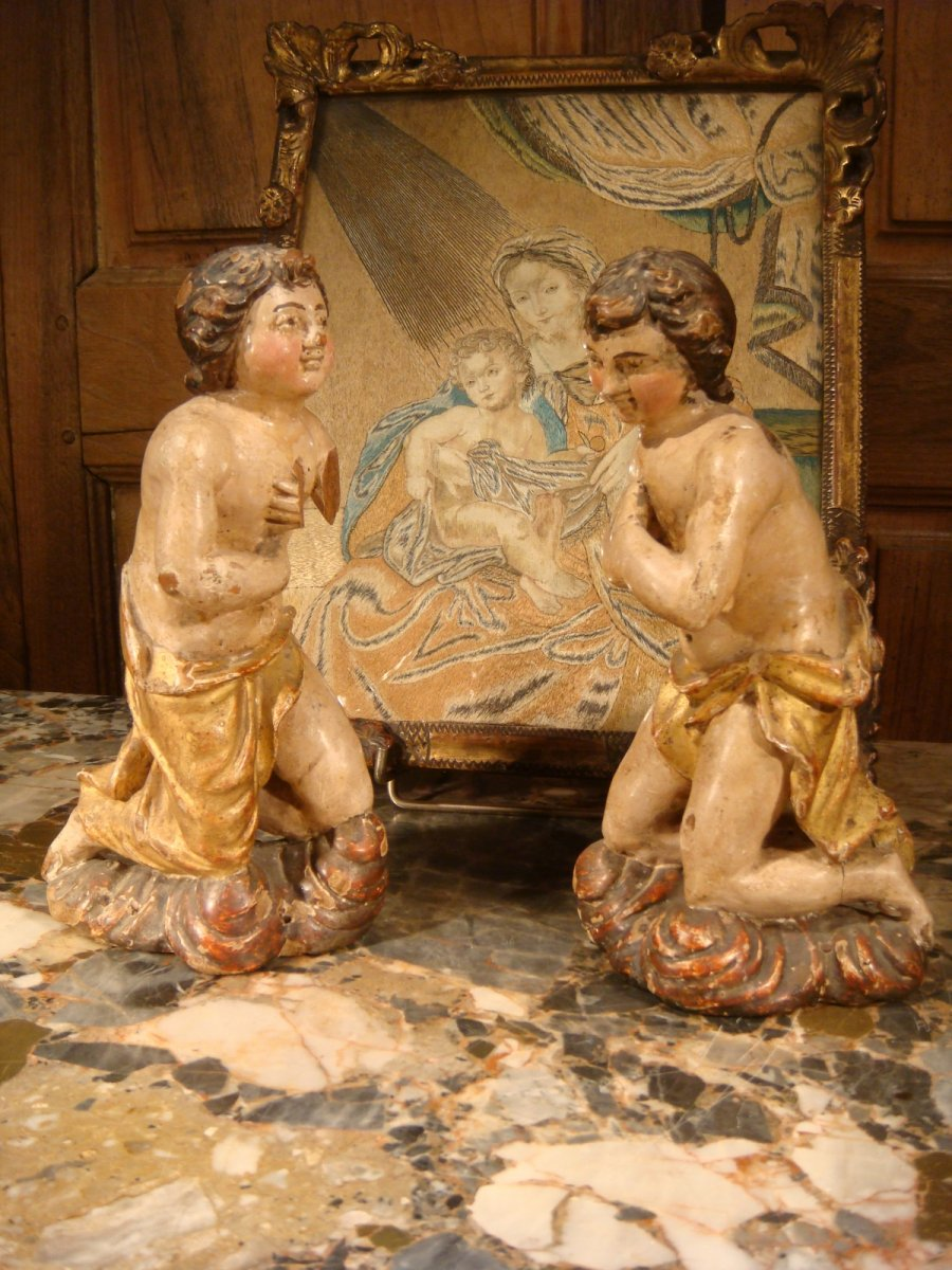 Pair Of Little Angels In Polychrome Wood - Period XVIII