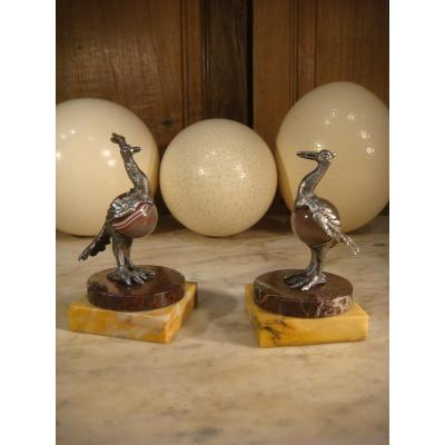 Pair Of Small Birds In Silver Chiselled And Agate