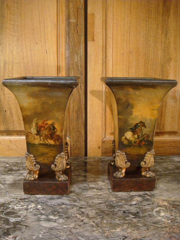 Paire De Vases Cornets En Tôle Peinte Scènes De Batailles-photo-3